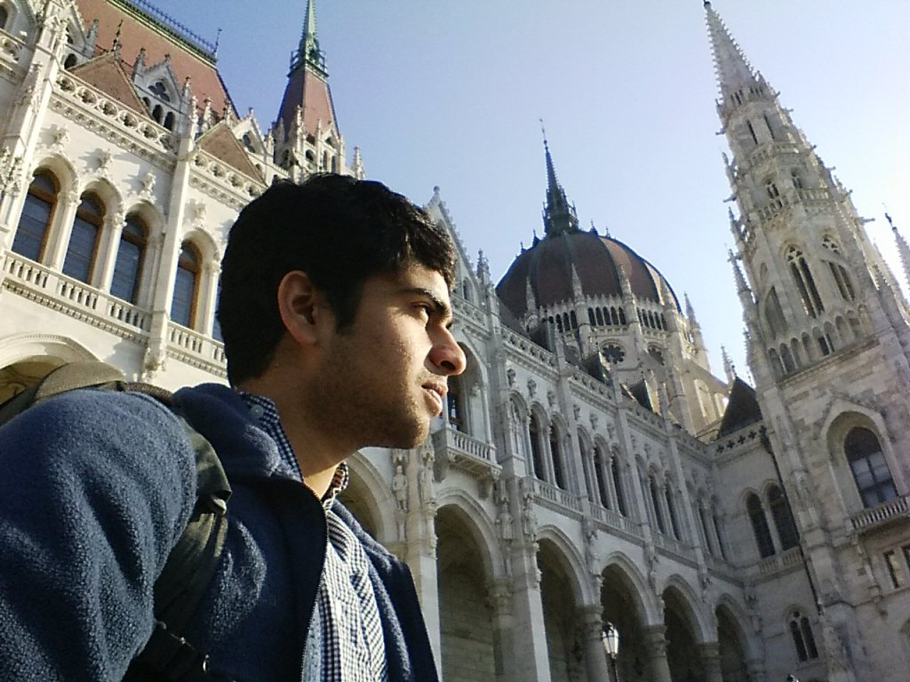 Gobi at Hungarian Parliament in Budapest